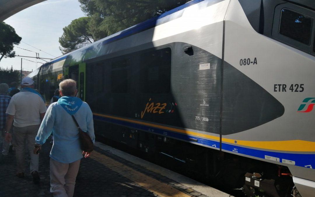 Pociągiem z Watykanu do Castel Gandolfo